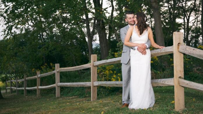cropped-jenna-cavedine-chris-jung-skaneateles-wedding-b-fotographic-bridget-florack-098.jpg