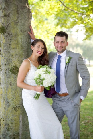 Jenna Cavedine Chris Jung Wedding Mandana Barn Skaneateles Photographer B.Fotographic Bridget Florack 094