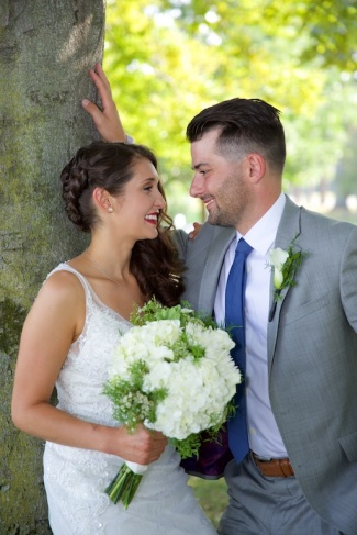 Jenna Cavedine Chris Jung Wedding Mandana Barn Skaneateles Photographer B.Fotographic Bridget Florack 095