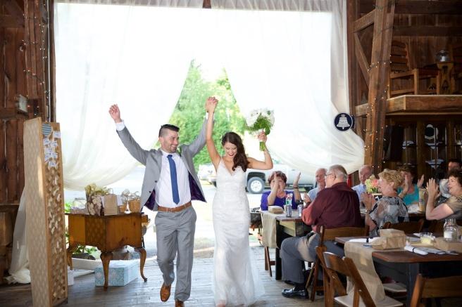 Jenna Cavedine Chris Jung Wedding Mandana Barn Skaneateles Photographer B.Fotographic Bridget Florack 104