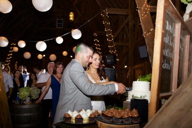 Jenna Cavedine Chris Jung Wedding Mandana Barn Skaneateles Photographer B.Fotographic Bridget Florack 130