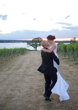 Ventosa Vineyards Finger Lakes Wedding Photographer B.Fotographic 083