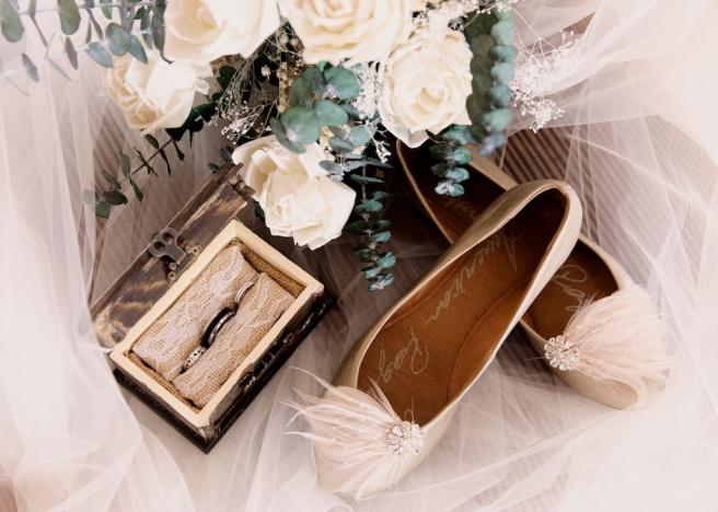 Chantelle Marie Lakehouse Auburn Wedding Photography 026.jpg