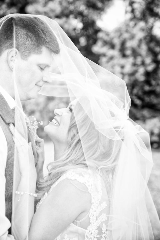 Chantelle Marie Lakehouse Auburn Wedding Photography 112.jpg