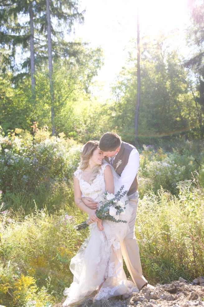 Chantelle Marie Lakehouse Auburn Wedding Photography 220.jpg