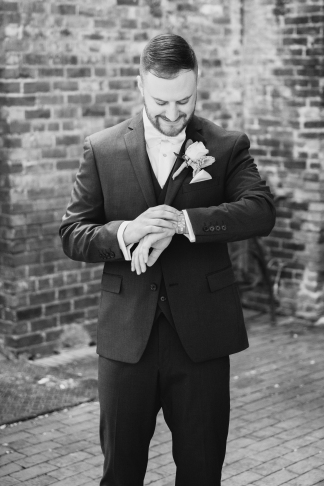 Marlee + Scott Sky Armory Wedding528-2