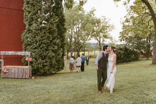 Skaneateles NY Rustic Glam Barn Wedding Photographer Syracuse B.Fotographic-206
