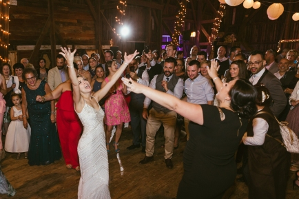 Skaneateles NY Rustic Glam Barn Wedding Photographer Syracuse B.Fotographic-228